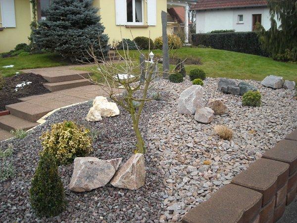 Paysagiste palmay massif min ral for Amenagement jardin mineral